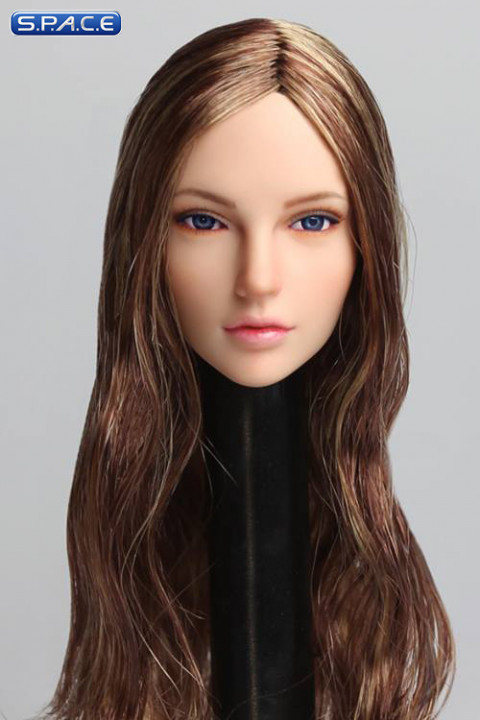1/6 Scale Cynthia Head Sculpt (light brown Hair)