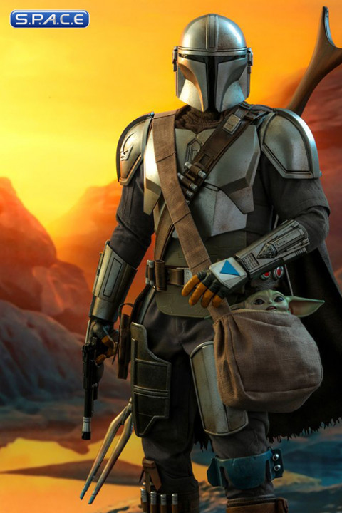 1/4 Scale The Mandalorian and The Child QS016 (The Mandalorian)