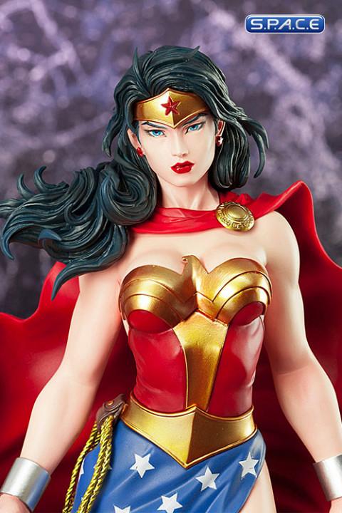 1/6 Scale Wonder Woman ArtFX Statue (DC Comics)