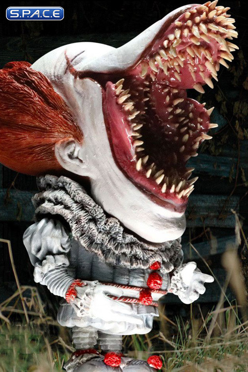2017 Open Mouth Pennywise Deformed Real Series Vinyl Statue (Stephen