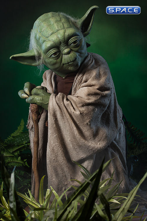 1 1 yoda life size statue star wars s p a c e space. Black Bedroom Furniture Sets. Home Design Ideas
