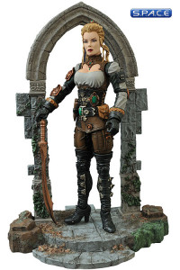Monster Hunter Lucy Westenra (Universal Monsters Select)
