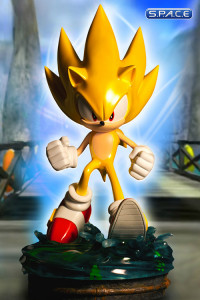Modern Super Sonic Statue (Sonic the Hedgehog)
