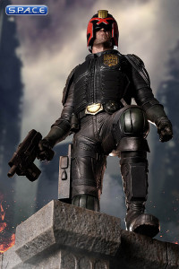 1/4 Scale Judge Dredd Statue (2000 AD)