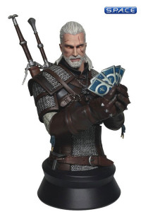 Geralt Playing Gwent Bust (Witcher 3: Wild Hunt)