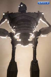 The Iron Giant Maquette (The Iron Giant)