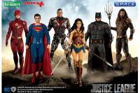 1/10 Scale Superman ARTFX+ Statue (Justice League)