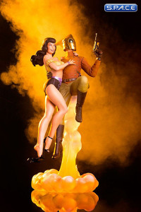 Rocketeer & Betty Statue (Rocketeer)