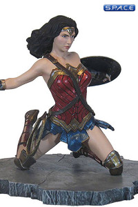 Wonder Woman from Justice League PVC Statue (DC Gallery)