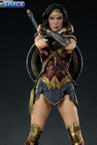 1/3 Scale Wonder Woman Museum Masterline Statue (Justice League)