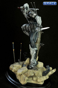 1/6 Scale Deadpool Uncanny X-Force Version Statue by Erick Sosa