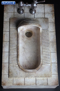1/6 Scale dirty squat toilet