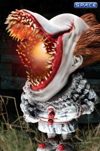 2017 Light-Up Open Mouth Pennywise Deformed Real Series Vinyl Statue (Stephen King's It)