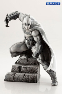 1/10 Scale Batman Arkham Series 10th Anniversary ARTFX+ Statue (Batman: Arkham City)