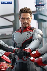 1/6 Scale Tony Stark »Team Suit« Movie Masterpiece MMS537 (Avengers: Endgame)