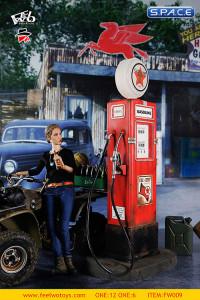 1/6 Scale Vintage Gas Pump