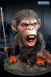 Caesar with Spear Deluxe Deformed Real Series Vinyl Statue (Rise of the Planet of the Apes)