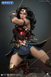 1/4 Scale Wonder Woman Statue (DC Comics)