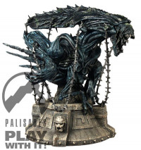 Captive Alien Queen Bust (Alien vs. Predator)