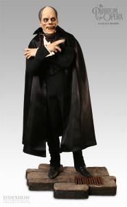 Phantom of the Opera Premium Format Figure (Universal Monsters)