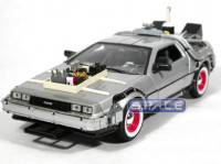 1:24 Scale DeLorean Time Machine (Back to the Future III)