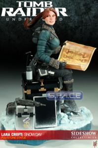Lara Croft: Snow Day Statue (Tomb Raider Underworld)
