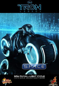 1/6 Scale Sam Flynn with Light Cycle Movie Masterpiece MMS142 (TRON: Legacy)