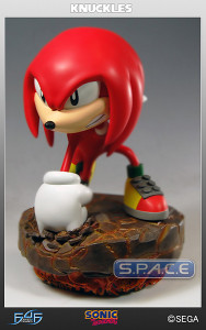 Knuckles the Echnida Statue (Sonic the Hedgehog)