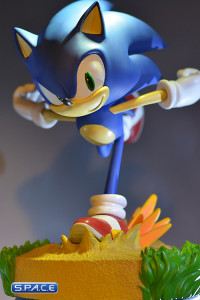 Modern Sonic Statue (Sonic the Hedgehog)