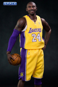 1/6 Scale Kobe Bryant Real Masterpiece (NBA Collection)