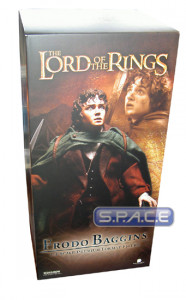 Frodo Baggins Premium Format Figure (Lord of the Rings)