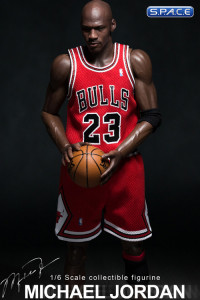 1/6 Scale Michael Jordan - Road Edition Real Masterpiece (NBA Collection)