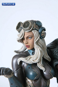 Space Host Girl by Erick Sosa Statue (Fantasy Figure Gallery)